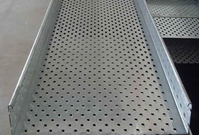 A perforated type large span cable tray has good ventilation property to lay cables